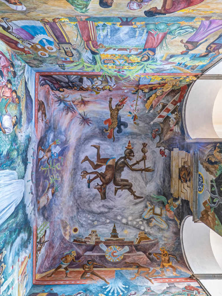 Mural en la bóveda de la escalera del Palacio de Gobierno de Oaxaca
